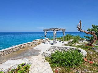 Cliff side private villa, Negril