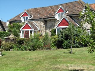 Valley Farm Holiday Cottages - The Cider Barn, Kilmington