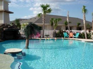 Palm Bay - Luxury Resort Style Pool