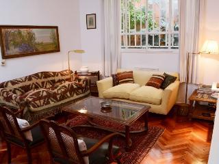 Comfortable and spacious 3 bd apartment. Recoleta, Buenos Aires