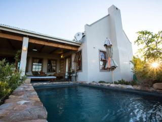 KAROO VIEW 3 BEDROOM HOUSE