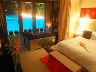 VILLA SOFIA,  LAS TERRENAS - Underwater Pool Suite, Las Terrenas
