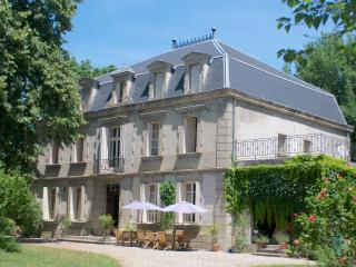 Charming B&B in a chateau CarcassonneToulouseAlbi