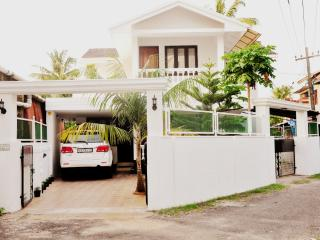 Fully Furnished 3BHK house ground floor, Ernakulam