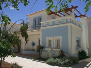 Villa Floresta, Budens