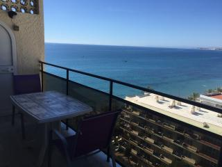 SKOL 706 BEACHFRONT DUPLEX PENTHOUSE WITH AMAZING VIEWS, Marbella