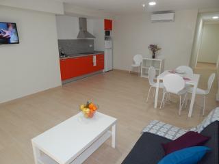 Apartamentos 2 hab. a 150 metros de la playa, Benidorm