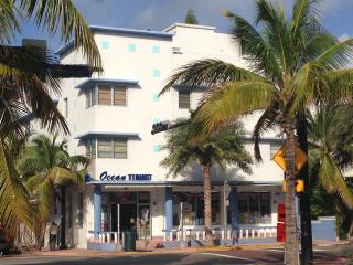 SOUTH BEACH DESIGNER STUDIO ONE BLOCK FROM OCEAN, Miami Beach