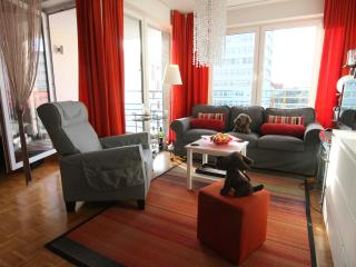 Comfortable 1 Bedroom Apartment - Dove Residence, Berlin