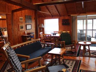 4 Beautiful Cottages to rent on LaCloche Lake, Massey