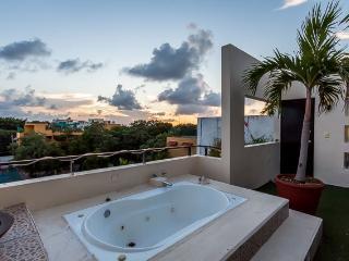 Casa Maya (305) - Views Of The City And The Sea, Playa del Carmen