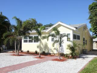 Sunnyside Cottage St Pete Beach, Florida, Saint Pete Beach