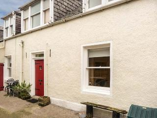 KILDONNAN well-equipped, close to beach, fishing, woodburner in Gardenstown Ref