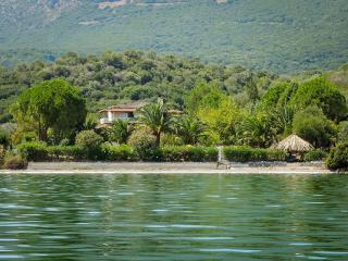 """Porto Matzavino"" – Your Sanctuary in Picturesque, Vonitsa"