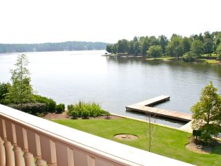 Lakefront Suite on Lake Oconee, Eatonton