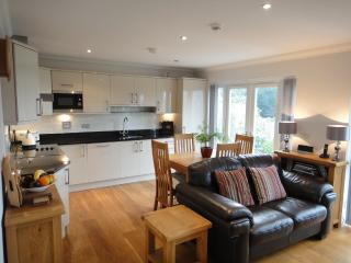 17 Lyncourt located in Torquay, Devon