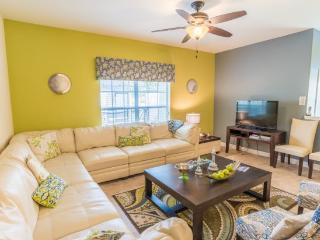 5 Bedroom 4 Bath Town Home In Paradise Palms Resort Sleeps 15. 8951CPR, Four Corners