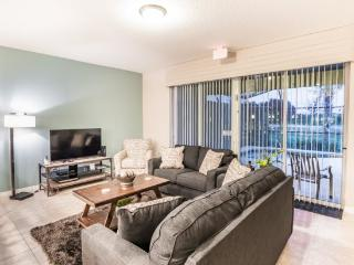 Solterra Resort 4 Bed 3.5 Bath Townhome With Pool. 4758TSD, Kissimmee