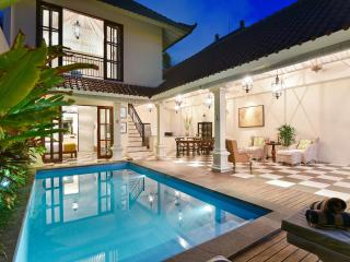 Villa Kailysa Indah - Private and Peaceful
