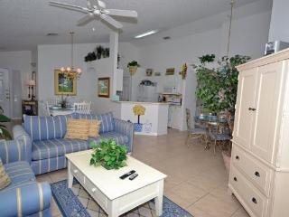 Delightful 4 Bedroom 3 Bath Pool Home in Southern Dunes Golf Resort. 3098BL, Orlando