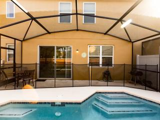 4bed/3bath beautiful home in BellaVida - 820, Kissimmee