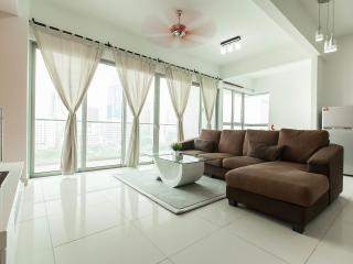 Large Flat, Great View, City Centre, Next to Train, Kuala Lumpur
