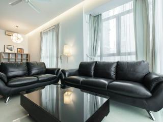 KLCC Luxury Aprt 2BR, 6 ppl, 2min Walk Twin Tower, Kuala Lumpur