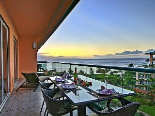 Maui Westside Properties: Konea 705 - Incredible Sunset Views Year Round!!, Ka'anapali