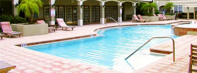 Free swimmingpool in the complex