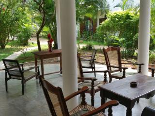 Unawatuna  Apartments. Garden Suite