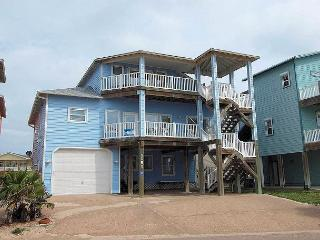 4 bedroom 4 bath home with a gorgous BEACHVIEW and BEACH ACCESS!!