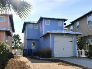 New 4 bedroom home in fabulous Sunrise Cottages! Sleeps 10