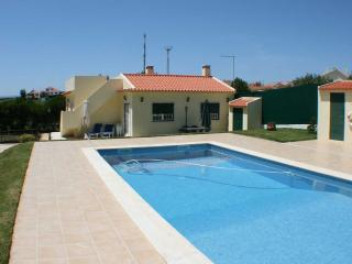 SAO II, house in private countryside condo, Ericeira