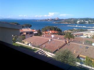 Porto Cervo Trilo sleeps 6 2 b, Baia Sardinia
