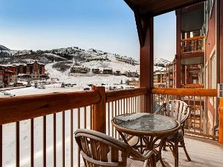 Upscale Ski-in Ski-out at Park City Canyon Resort – Mountain Views!