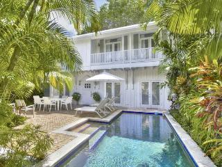 Cloud 9:  Private Pool, One-Half Block From Duval, 5-Star Luxury - Parking, Key West