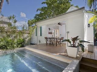 La Casita en Cima - Full Renovation - Historic Old Town sleeps 4 - Pool, Key West