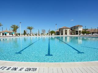 ChampionsGate - Pool Home 5BD/4.5BA - Sleeps 14 - Platinum - RCG540, Davenport