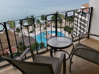 Oceanfront Sea River Tower Condo - Amazing Views, Puerto Vallarta