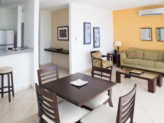 Cozy 1 Bedroom Apartment in Coco Del Mar, Panama