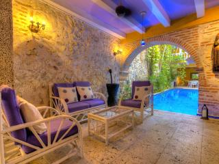 Amazing 15 Bedroom House in Old Town, Cartagena