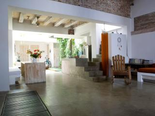Open-Air 5 Bedroom House Nestled in Old Town, Cartagena