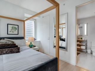 VERY COMFORTABLE AND AMAZING 1 BEDROOM 1 BATHROOM FURNISHED APARTMENT, Long Island City