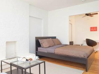 WONDERFUL AND FURNISHED STUDIO APARTMENT, New York City