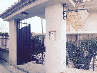 Bed&Breakfast Piccola Dimora 'Villa Candido'