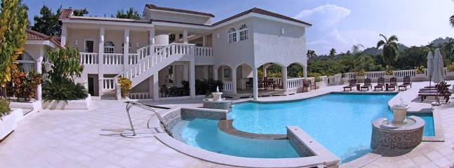 Puero Plata Villa with Private Pool