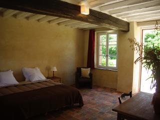 Chambre d'hôte Jardin Solstice  à Vaupillon