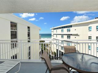 2BR with great Gulf beach balcony view #510GV, Sarasota