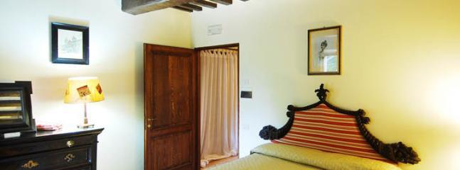 guest quarters, first floor, double bedroom n. 12