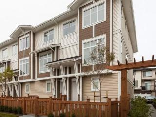 BRAND NEW 2015 FURNISHED 3 STORY TOWNHOME